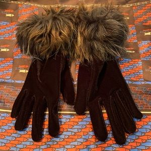 Chocolate brown velour gloves with faux fur trim